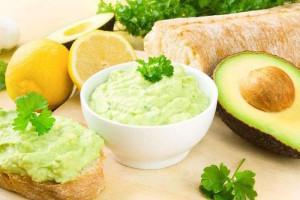 Crema di avocado: ecco la ricetta originale