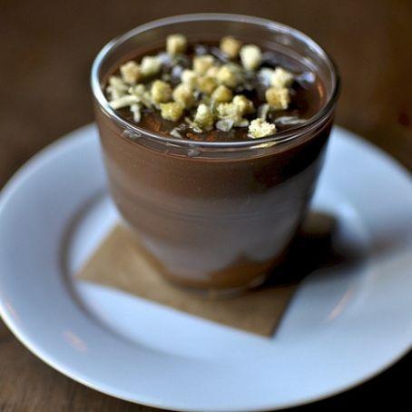 Budino di avocado, cioccolato e caffè
