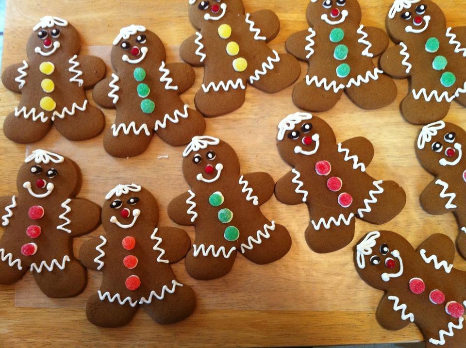 Omini di pan di zenzero (gingerbread cookies)