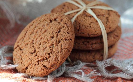 Biscotti ai semi di chia e gocce di cioccolato