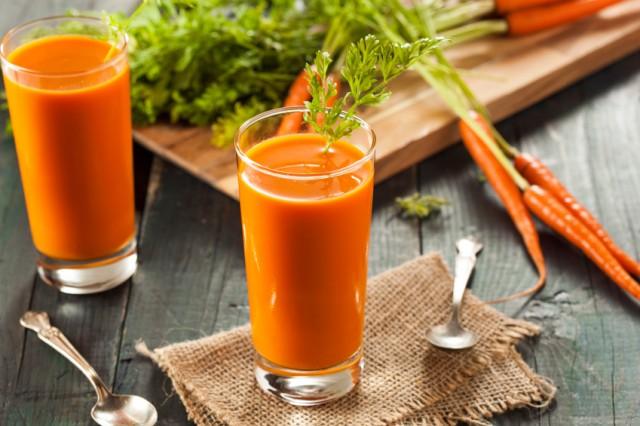 estratto mela carota zenzero